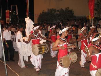 Perahera wird eine Prozession in Sri Lanka genannt