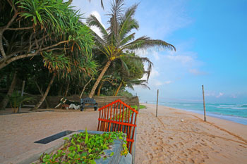 Strandhotel-Sri-Lanka-Sueden-Suedwesten