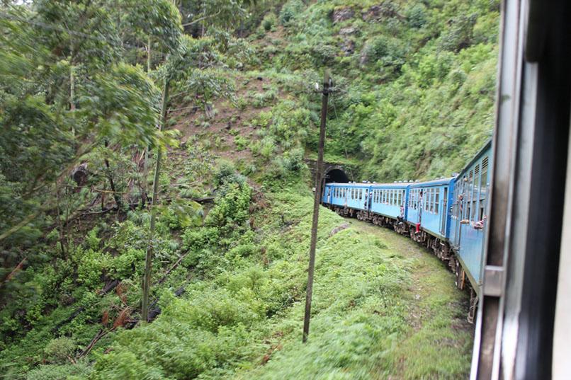 Zug-Sri-Lanka-Hochland-Tunnel
